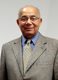 Robert Curvin